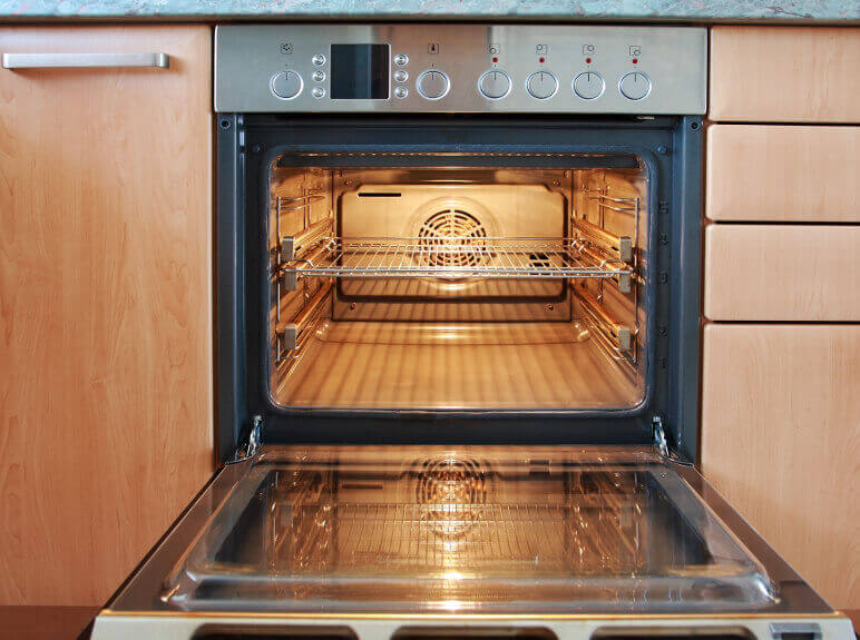 Clear Signs it's Time to Get the Oven Repaired