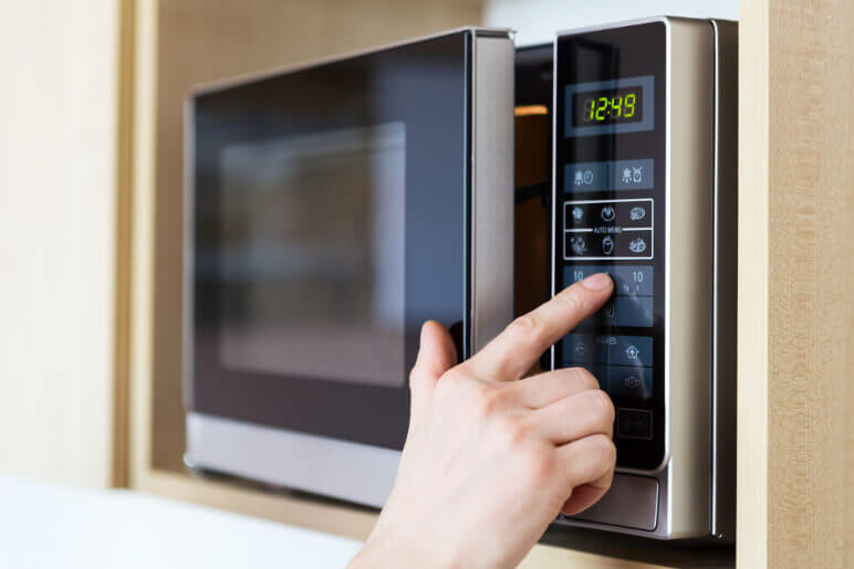 Microwave Repair: Can You Fix the Microwave or Should You Replace It?